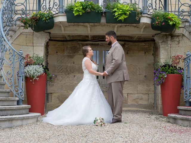 Le mariage de Vincent et Aurélie à Artigues-près-Bordeaux, Gironde 1