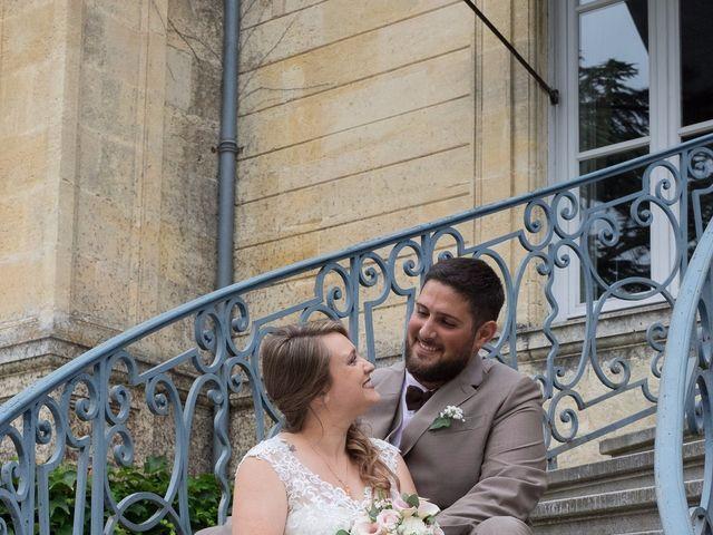 Le mariage de Vincent et Aurélie à Artigues-près-Bordeaux, Gironde 3