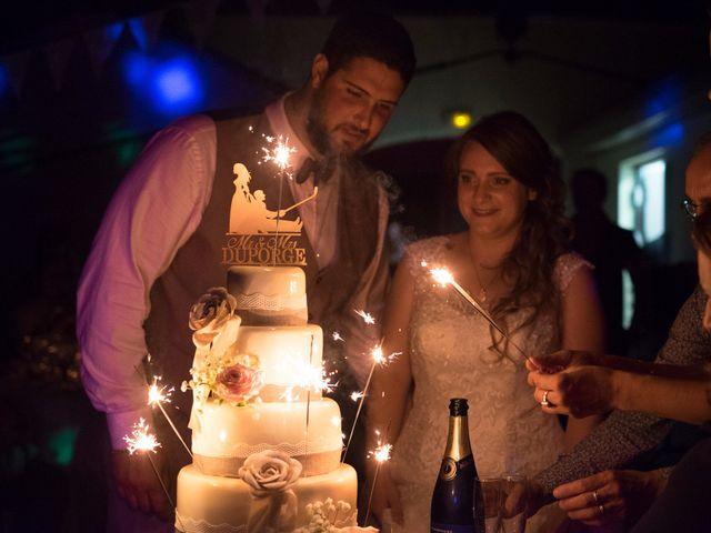 Le mariage de Vincent et Aurélie à Artigues-près-Bordeaux, Gironde 9