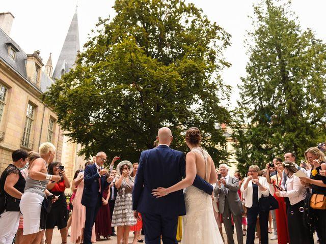 Le mariage de Maxime et Marine à Dijon, Côte d'Or 47