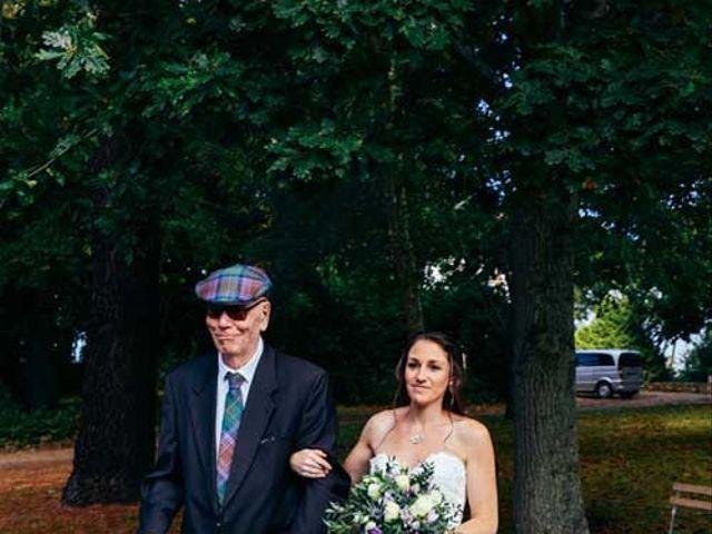 Le mariage de Anthony et Laura à Plouha, Côtes d'Armor 3