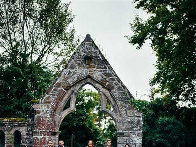 Le mariage de Anthony et Laura à Plouha, Côtes d'Armor 9