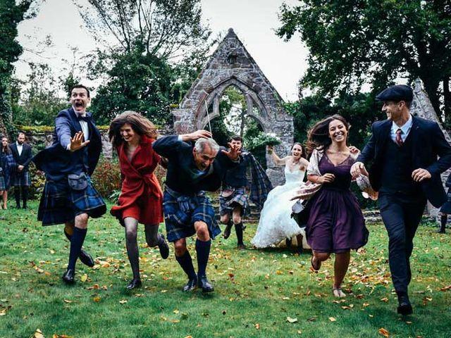 Le mariage de Anthony et Laura à Plouha, Côtes d'Armor 11
