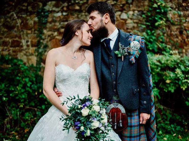 Le mariage de Anthony et Laura à Plouha, Côtes d'Armor 16