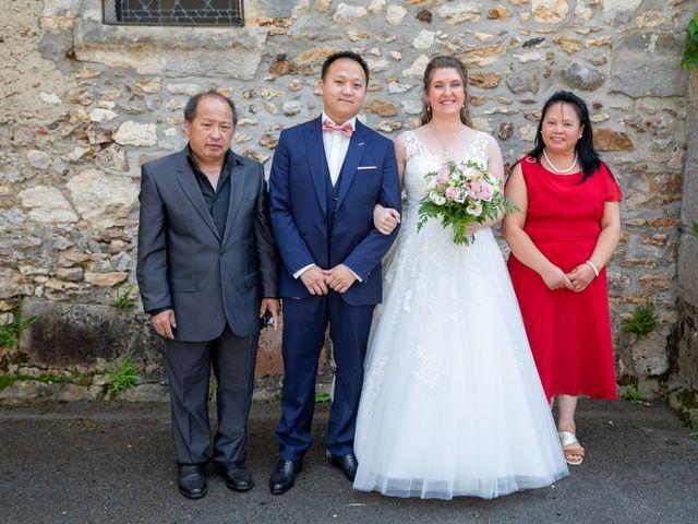 Le mariage de Tony et Alexandra à Droue-sur-Drouette, Eure-et-Loir 39