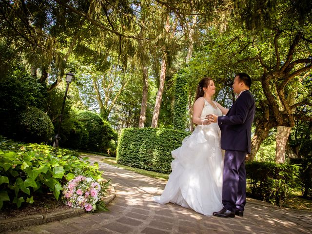 Le mariage de Tony et Alexandra à Droue-sur-Drouette, Eure-et-Loir 56