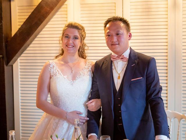 Le mariage de Tony et Alexandra à Droue-sur-Drouette, Eure-et-Loir 83