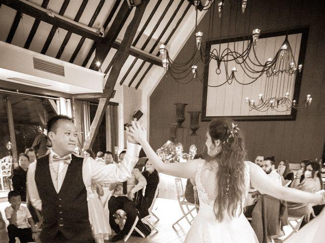 Le mariage de Tony et Alexandra à Droue-sur-Drouette, Eure-et-Loir 122