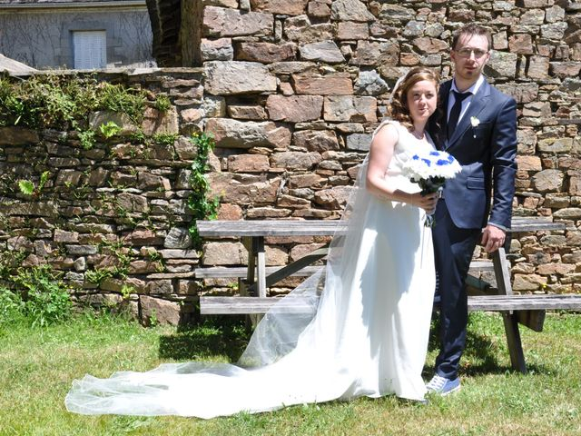 Le mariage de Mickaël et Adeline à Lagarde-Enval, Corrèze 11