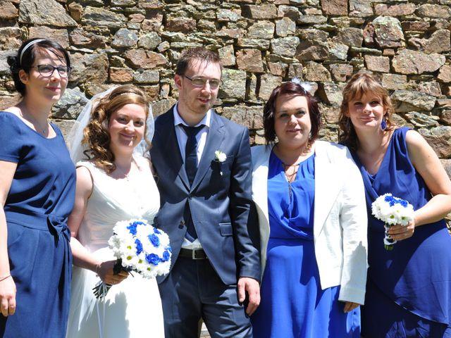 Le mariage de Mickaël et Adeline à Lagarde-Enval, Corrèze 12