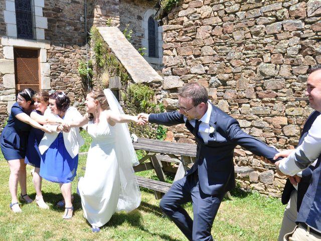 Le mariage de Mickaël et Adeline à Lagarde-Enval, Corrèze 14