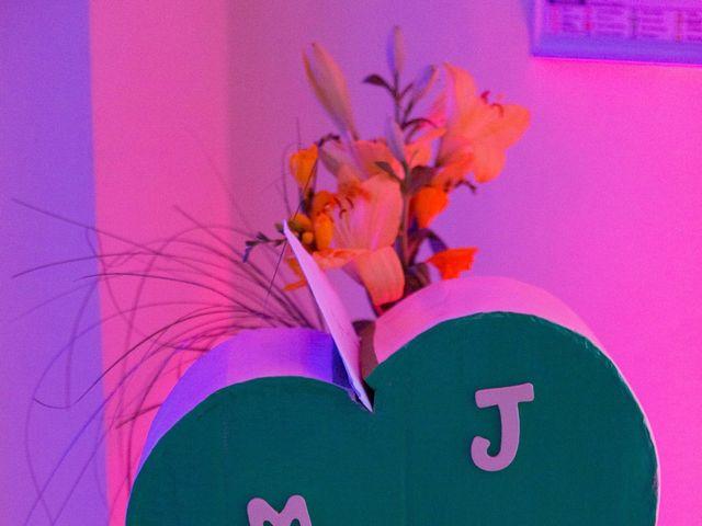 Le mariage de Julien et Magali à Versailles, Yvelines 57