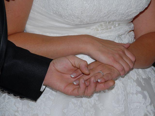 Le mariage de Thomas et Déborah  à Tavernes, Var 6