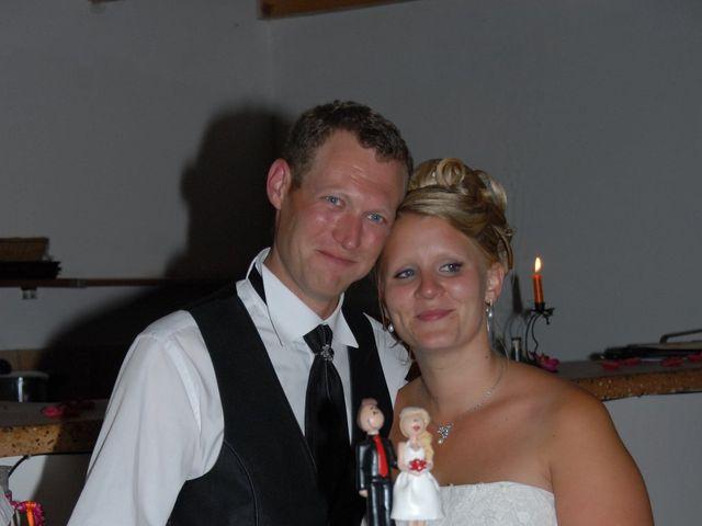 Le mariage de Thomas et Déborah  à Tavernes, Var 14