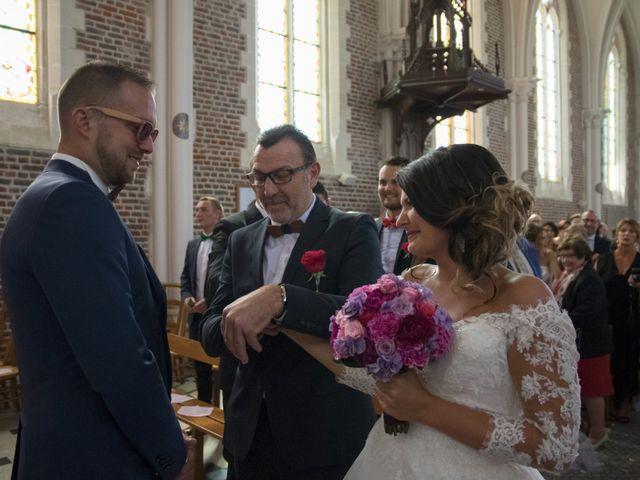 Le mariage de Romain et Amandine à Esquerdes, Pas-de-Calais 5