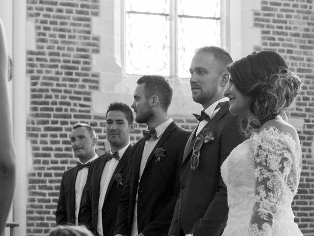 Le mariage de Romain et Amandine à Esquerdes, Pas-de-Calais 12
