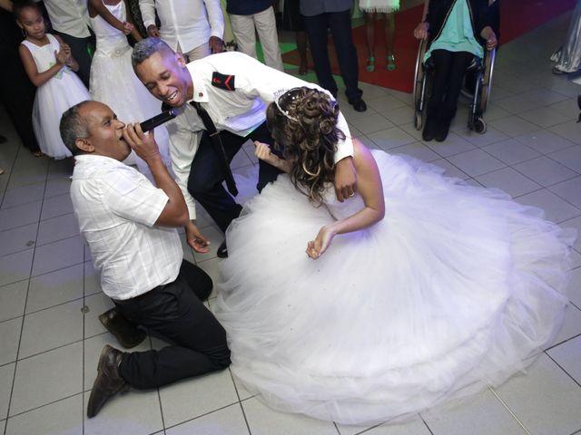 Le mariage de Vincent et Clara à Saint-Denis, La Réunion 30