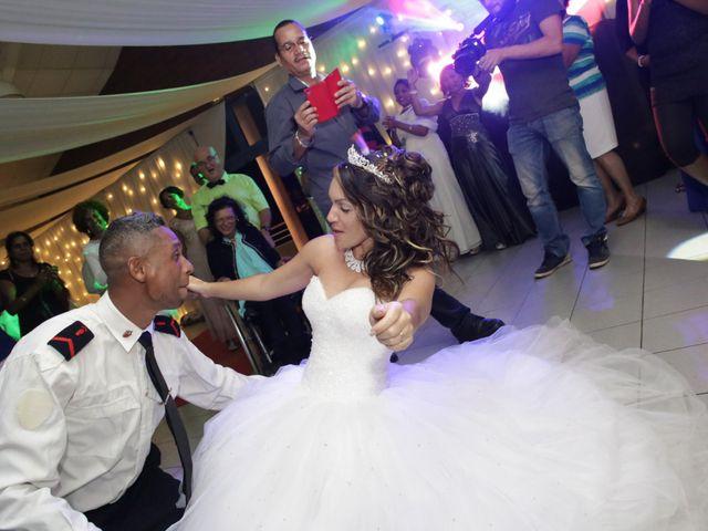 Le mariage de Vincent et Clara à Saint-Denis, La Réunion 32