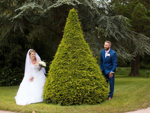Le mariage de David et Martine à Octeville, Manche 19