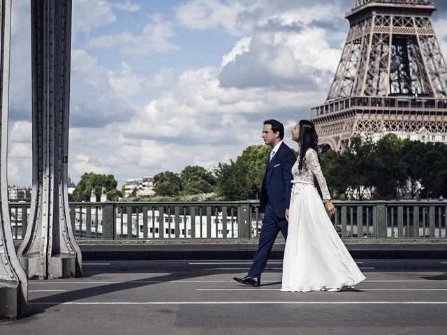 Le mariage de Romain et Francesca à Issy-les-Moulineaux, Hauts-de-Seine 11