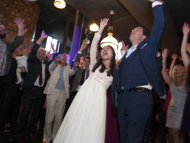 Le mariage de Romain et Francesca à Issy-les-Moulineaux, Hauts-de-Seine 32