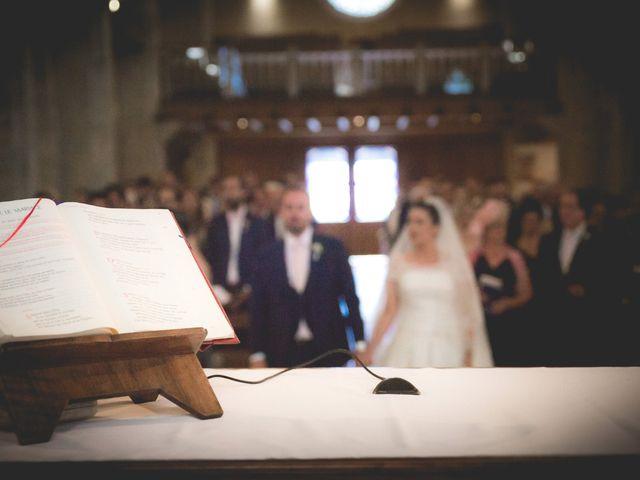 Le mariage de Aurélien et Élise à Saint-Chély-d'Apcher, Lozère 15