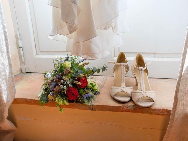 Le mariage de Olivier et Anaïs à La Tour-d'Aigues, Vaucluse 3