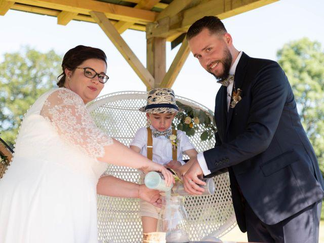 Le mariage de Thomas et Constance à Autrèche, Indre-et-Loire 61