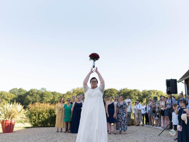 Le mariage de Thomas et Constance à Autrèche, Indre-et-Loire 77