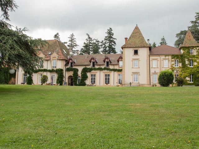 Le mariage de Sophie et Caroline à Cordelle, Loire 4