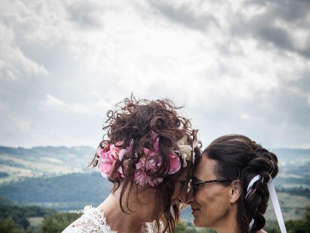 Le mariage de Sophie et Caroline à Cordelle, Loire 8