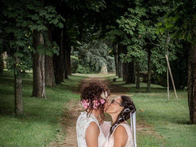 Le mariage de Sophie et Caroline à Cordelle, Loire 10