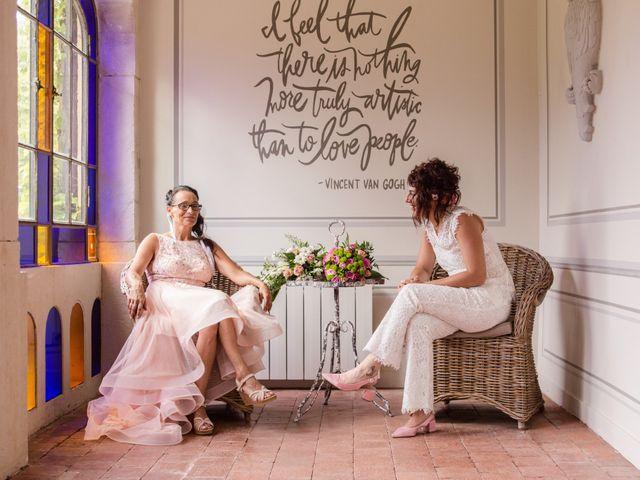 Le mariage de Sophie et Caroline à Cordelle, Loire 11