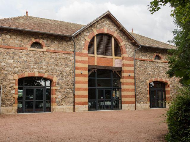 Le mariage de Sophie et Caroline à Cordelle, Loire 20