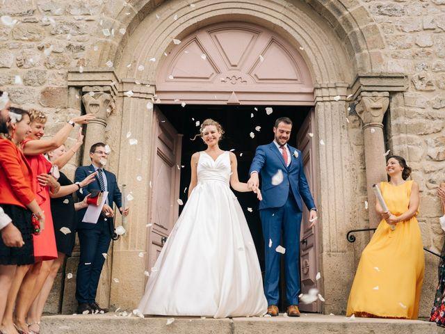 Le mariage de Julien et Caroline à Saint-Clair, Ardèche 59