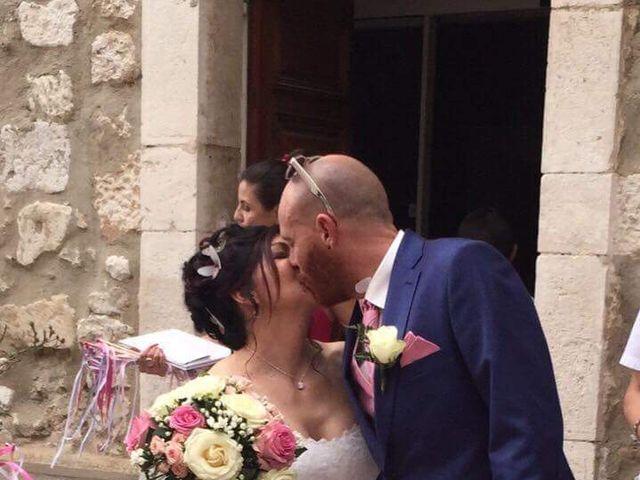 Le mariage de Alexandre et Nathalie   à Ventabren, Bouches-du-Rhône 6