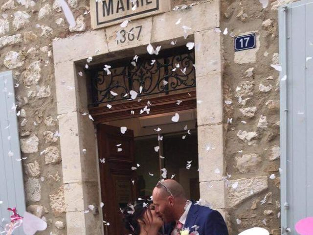 Le mariage de Alexandre et Nathalie   à Ventabren, Bouches-du-Rhône 1