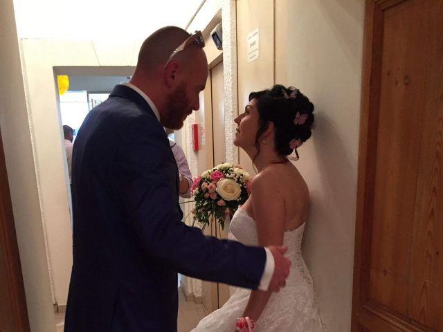 Le mariage de Alexandre et Nathalie   à Ventabren, Bouches-du-Rhône 8