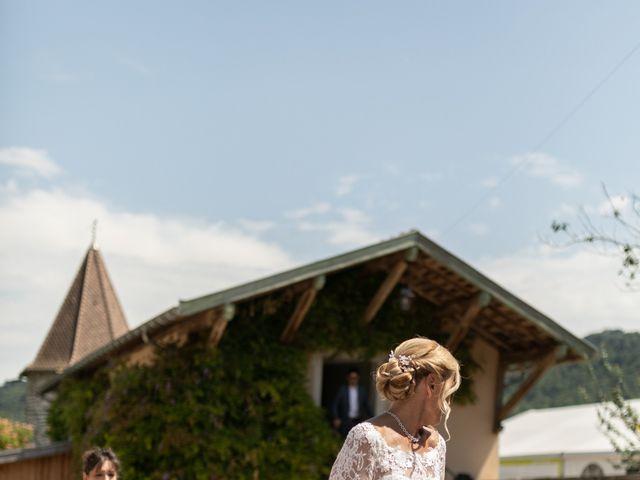 Le mariage de Christophe et Marie-Frédérique à Vignieu, Isère 37