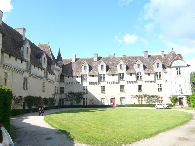 Le mariage de Laurent et Lucile à Neuvic, Dordogne 1