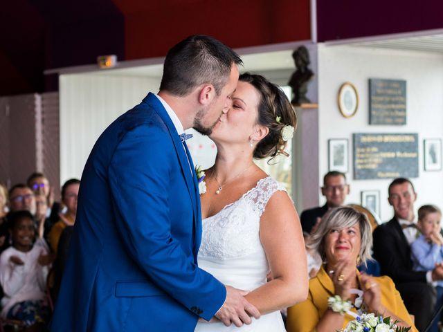 Le mariage de Frédéric et Estelle à Plougastel-Daoulas, Finistère 12