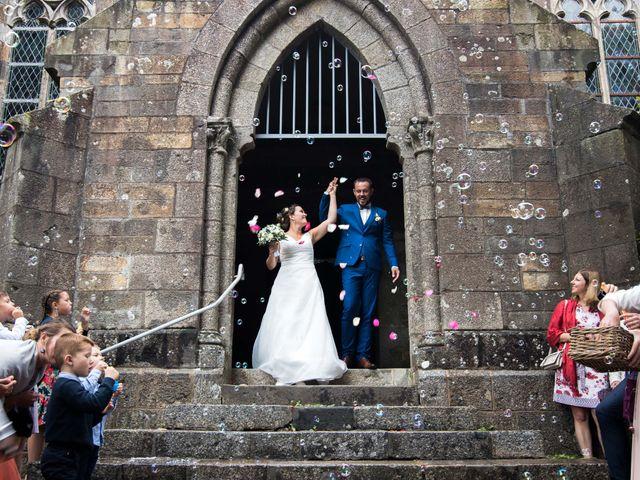 Le mariage de Frédéric et Estelle à Plougastel-Daoulas, Finistère 23