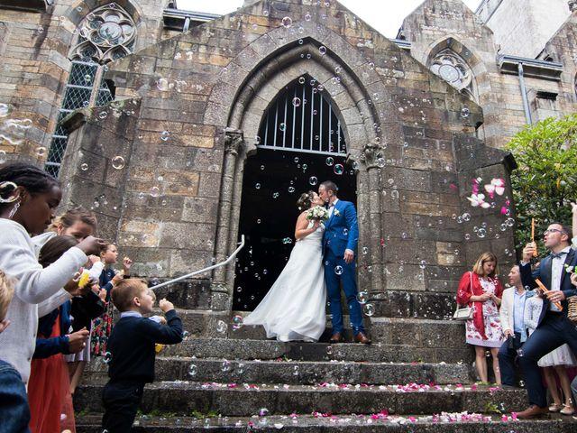 Le mariage de Frédéric et Estelle à Plougastel-Daoulas, Finistère 25