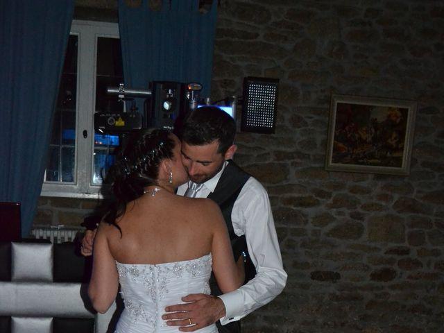 Le mariage de Céline et Julien à Ploudalmézeau, Finistère 10