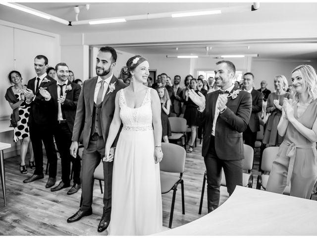 Le mariage de Armand et Nadia à Latillé, Vienne 13
