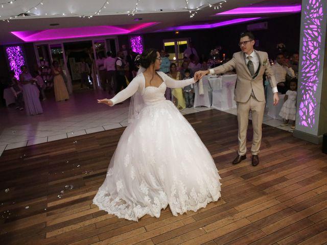 Le mariage de Ludovic et Angélique à Saint-Pierre, La Réunion 17