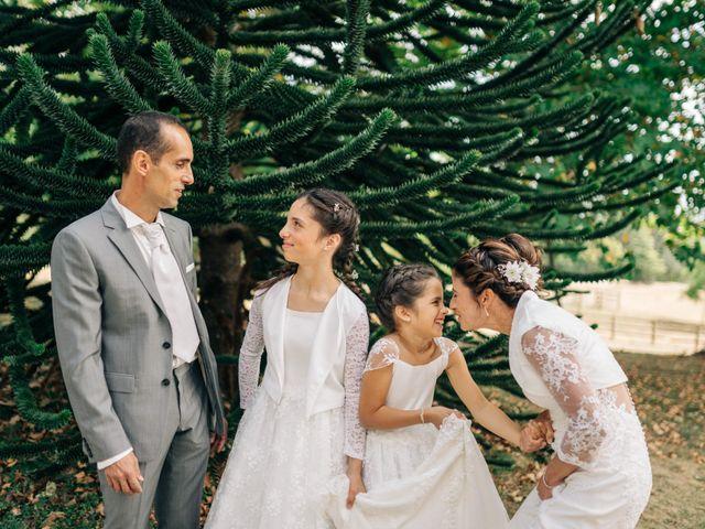Le mariage de Henrique et Marion à Roiffieux, Ardèche 37