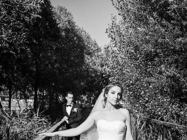 Le mariage de Romain et Samia à Nîmes, Gard 1