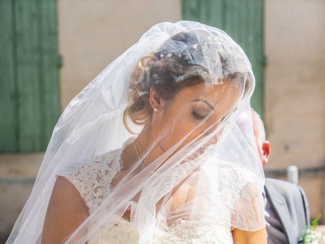 Le mariage de Romain et Samia à Nîmes, Gard 8