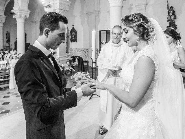 Le mariage de Romain et Samia à Nîmes, Gard 12